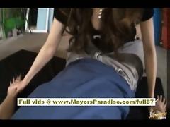 nao yoshizaki hot chinese model widens her legs