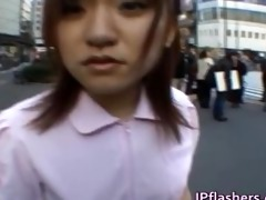 wicked oriental hotty is pissing in public part1