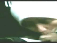 malay gf oral-sex inside car