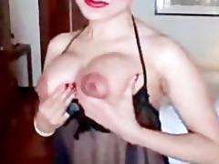 oriental flaunts her body