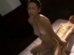 japanese hotty engulfing a ramrod