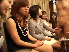 cfnm en grupo con orientales 3