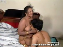 indian aunty prepare her partner for fucking -