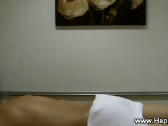oriental masseuse sneaky peeks at a cock