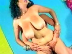 arabian breasty mommy