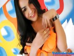 seductive oriental shelady show off then jack off