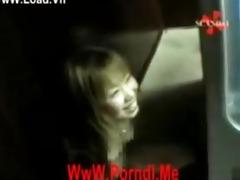 [japan] amatuer girl show twat at out door -
