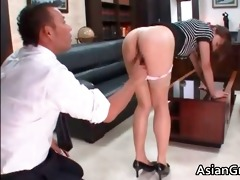 hawt and hawt oriental secretary blows unbending