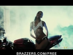 hawt oriental mechanic skin diamond rides large