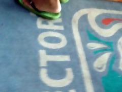 hawt candid oriental feet and legs in flip flops