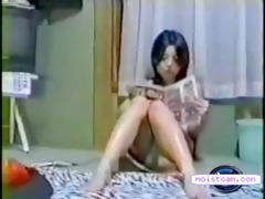 [moistcam.com] oriental beauty rubs & moans!