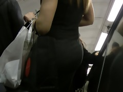 thick wife material booty (arab descent)