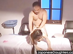 dad priceless japanese daughter...