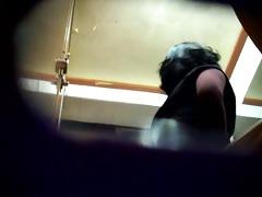 korean restroom peep voyeur